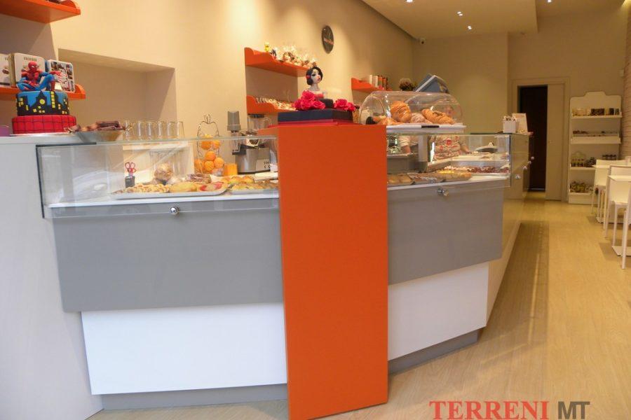 Attrezzature alimentari attrezzature alimentari per bar for Negozi arredamento brianza